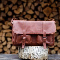 Brown messenger dSLR bag | TUSCANS