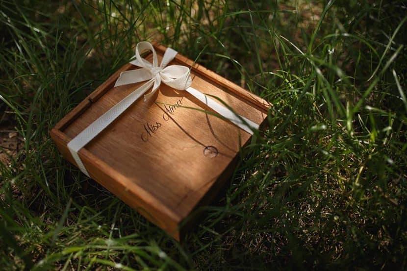 Wood USB Box Photo