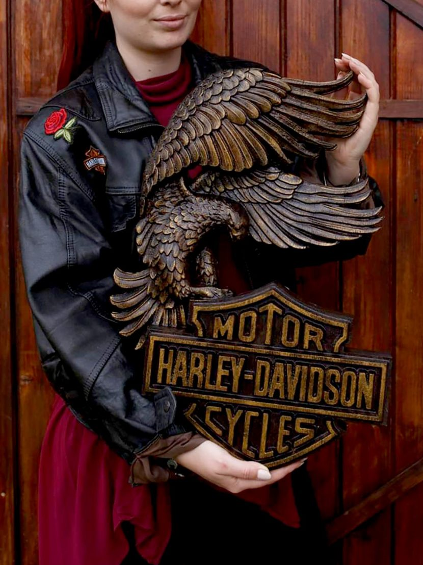 harley davidson panoply wood carved