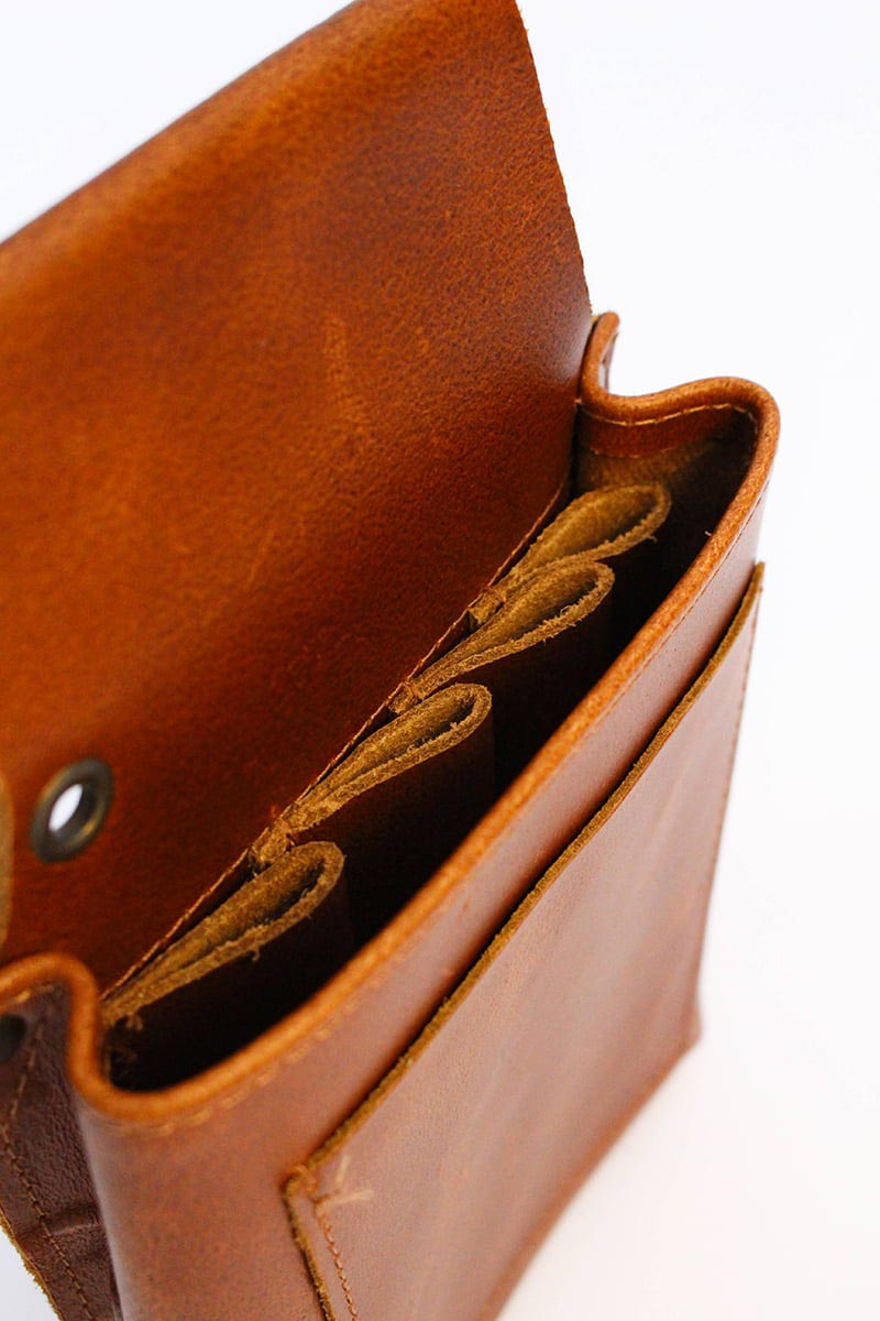 LEATHER BARBER POUCH brown