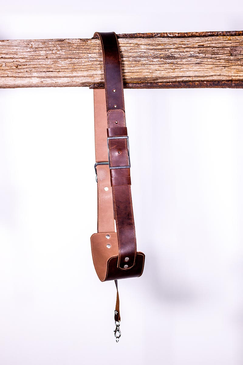 One camera leather strap Vintage one body